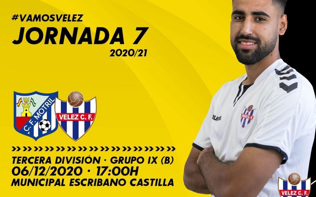 Vélez C.F. está en el campo de Futbol Escribano Castilla